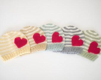 Kids Valentines hat / Newborn Valentines hat / Baby Valentines photo prop / Newborn photo oufit Valentines day / Baby First Valentines day