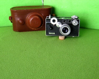 Photographica, Vintage Argus C-3 Camera, Made by Argus, Inc of Ann Arbor, Michigan from 1958 to 1966