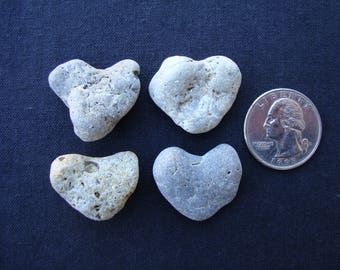 4 Natural heart shape stones-heart shaped Sea Pebbles-hearts-Craft/Jewelry Supplies-Collectibles-Valentine's Day