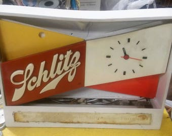 vintage Schlitz beer lighted tabletop clock sign
