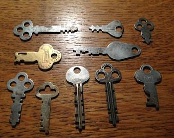 Lot Of 10 Antique Flat Skeleton Padlock Keys