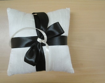Simple Ivory Dupioni Silk Ring Pillow, Ring Bearer Pillow with Your Choice of Colored Satin Ribbon Ties
