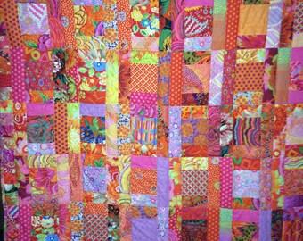 Bright Sunny Quilt, Kaffee Fassett fabric