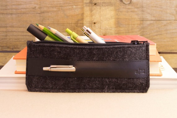 Felt and leather PENCIL CASE, sunglasses case, pen holder, charcoal and black, wool felt, handmade, made in Italy
