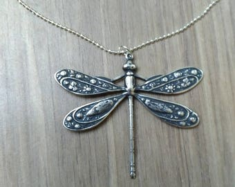 Silver necklace and the Dragonfly