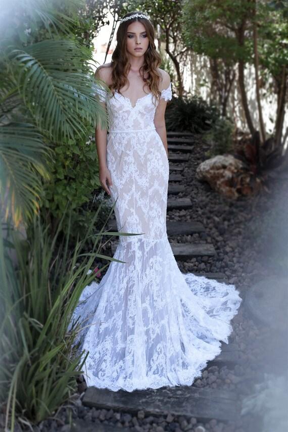 Blanc robe de mari e mariage robe ouverte au dos robe de for Concepteur de robe de mariage russe
