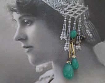 Art Deco Green Peking Glass Dangle Screw Back Earrings Signed Japan Stunning Vintage Costume Jewellery Jewelry Gift