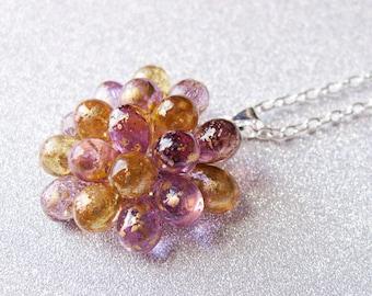 Collier Violet & Ambre, Collier Baie, Collier pendentif, Collier cocktail, Pendentif perles verre, collier élégant, collier temps des Fêtes