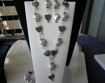 SALE  Pearl with heart Necklace/braclet and earrings set