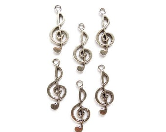 6 Antique Silver Treble Clef Music Charms - 21-63-4