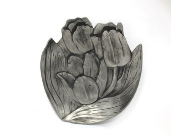 """Seagull Pewter Floral Tulip Trinket or Pin Dish 1990 Canada Vintage 5"""" x 4-3/4"""""""