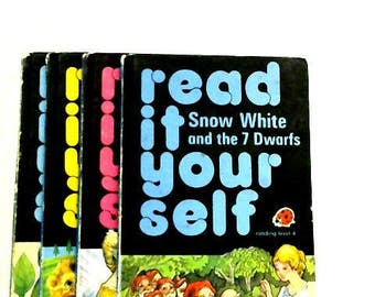 Set of 4 Read it Yourself Level 4 Books 1488573555MEP