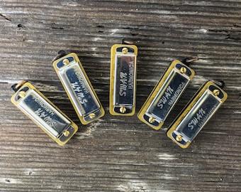 1 or 5pc Bundle Mini Harmonica pendant Plays Music Musician Toy 3d vintage style working musical charm bulk lot supplies steampunk  N7