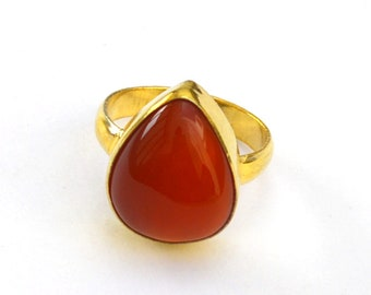Natural Red Onyx Gemstone Ring- Yellow Gold on Sterling Silver Ring- Onyx Birthstone Gift Ring- Handmade Classic Ring- Pear Onyx Ring