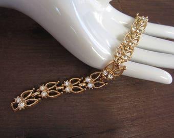 Vintage Clear Rhinestones Gold Tone Bracelet