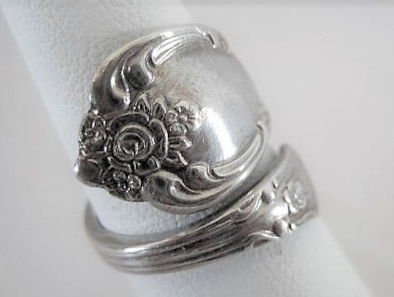Rogers Oneida Spoon Ring, Silverplate  Pattern, ByPass Ring,  Size 6