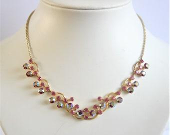 Vintage crystal necklace. Red necklace. Vintage jewellery