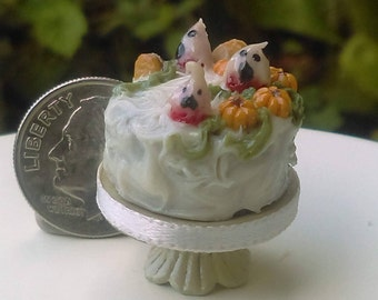Dollhouse Miniature One Inch Scale 1:12 Ghost Strawberry Cake by CSpykersMiniaturesUS
