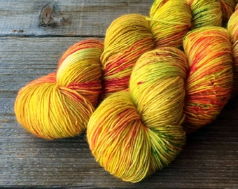 Superwash Merino Single Ply Yarn, JAMAICAN INFLLUENCE, wool, knitting, crochet 400 yards, OOAK