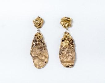 Gold Ohrringe, Porzellan Ohrringe, Keramik-Ohrringe, Ohrringe, Konzept Keramik Fett, Gold Ohrringe, einzigartigen Schmuck, ausgefallene Ohrringe