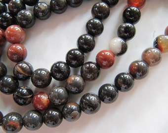 AGATE Beads in Red, Black, Brown and Copper Orange, Dyed Gemstones, 7mm to 8mm, 1 Strand, Approx 48 Pieces, GB115