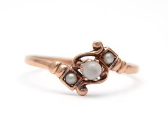 10k Victorian Grey Moonstone Ring