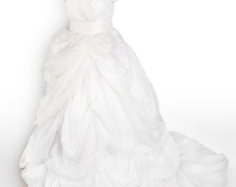 White and Cream Lace Wedding Dress