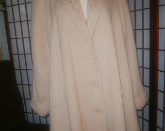 Women's 3/4 Coat - Retro 1940's look - Beige /Camel Color
