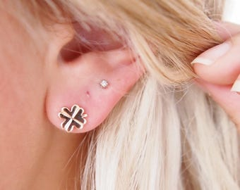 Gold plated clover 750 - studs, Stud Earrings - gold plated 18K earrings