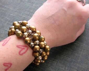gold cha cha bracelet . beaded expansion bracelet, vintage metal stretch bracelet . made in Japan