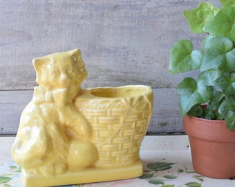 Cat Planter, Yellow Planter, Cuat Decor, Cottage Decor, Succulent Planter, Made in USA, Light Yellow, Small Planter, Kitten Decor, Feline