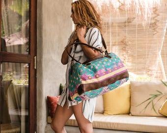 Floral Overnight Bag Women Duffle Bag Top Handle Large Bag, Weekender Bag, Carry On Bag, Weekend Bag, Leather And Vintage Quilt