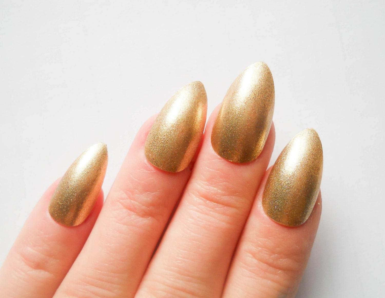 Gold Nägel / künstliche Nägel / Stiletto Nägel / drücken Sie