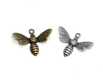 2 pc. Trinity Brass Bee Charm Bee Pendant 17 mm - Antique Gold/Silver