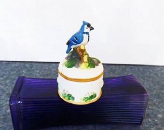 Vintage Trinket Box, Blue Bird Figurine, Vintage Figurine, Bird Decor, Vanity Decor, Home Decor, Decorative Bird, Treasure Box