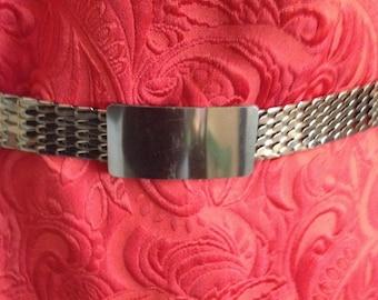 Vintage stretch gold belt