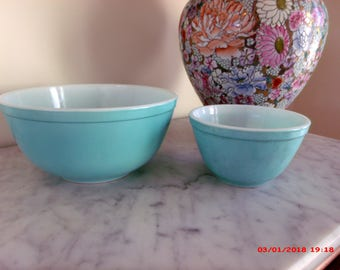 Vintage Aqua Pyrex Stacking Mixing Bowls