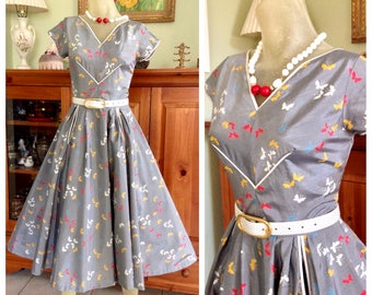 Vintage 1950s novelty butterfly print circle skirt Pinup Party Day dress dress