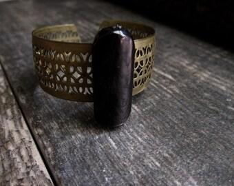 Vintage Cuff Bracelet,Raw Stone Cuff Bracelet,Brass Cuff Braclet,Cuff Braclet,Filigree Bracelet,Hypersthene,Boho Cuff,Raw Stone Cuff Braclet