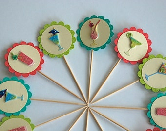 Delicious Cocktails Cupcake Toppers. Girls Night In. Cocktail Party Decor. Martini. Margarita. Starwberry Daquiri. Drinks Well with Others.