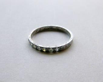 Art Deco diamond engraved flowers wedding eternity band 18k white gold dated 1928 size 6.5