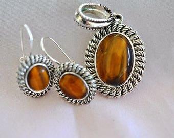 Avon Tiger's Eye Earrings and Pendant, Silver Tone, Silver Earrings, Tiger Eye Pendant, Tiger Eye Earrings, Avon Earrings, Avon Jewelry 1146