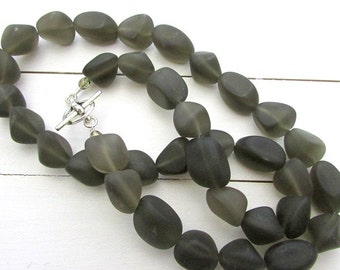 Seaglass Style Necklace, Dark Gray Charcoal Sea Glass Beads, Beaded Glass Necklace