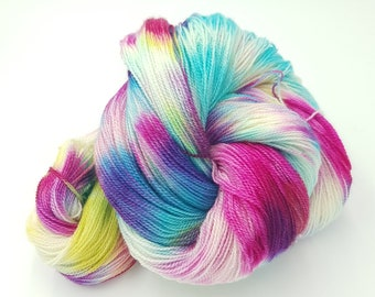 Hand Dyed Laceweight Super Fine Falkland Wool - Spring Morning