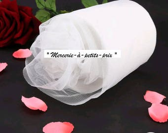 White tulle metre 15 cm x 1 m for tutu and decoration.