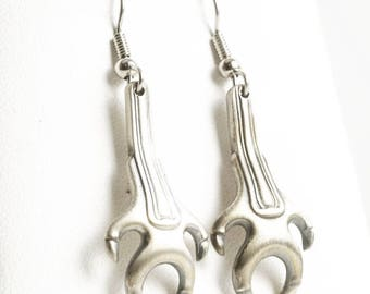 Dragon Claw Dangle Spoon Earrings, Claw Design, Sterling Silver Sugar Tong Earrings, Unique Gift, Eco Friendly, Handcrafted Jewelry (2320)