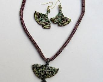Ginkgo Pendant Necklace Set
