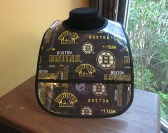 WATERPROOF WIPEABLE Baby to Toddler Plastic Coated Bib Boston Bruins Hockey