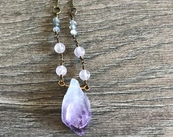 Raw amethyst necklace with rose quartz and labradorite, gemstone necklace, crystal necklace, bohemian necklace, raw gemstone necklace, boho