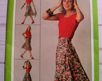 Wrap Skirt | Jiffy Front Wrap Skirt | Misses Small (10-12) | Simplicity 9749 | cut used complete vintage 1980 sewing pattern